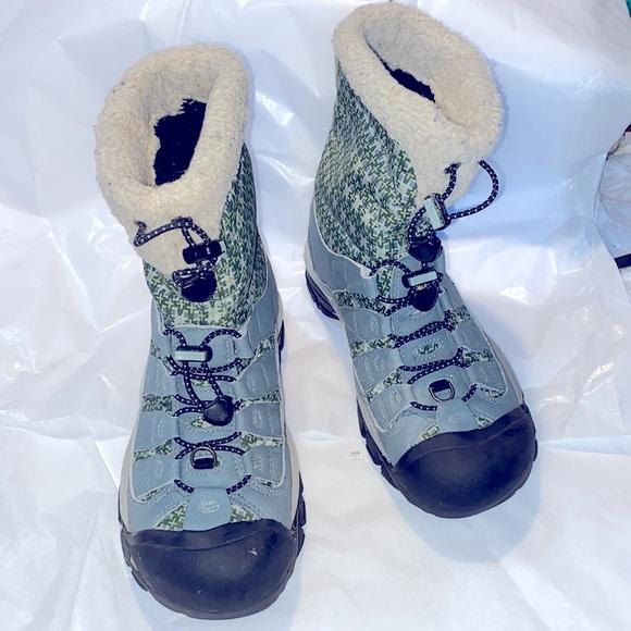 KEEN Women's Winterport II winter hiking boot sz 7